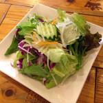 パーレンテッシ - ランチのサラダ