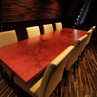 接待や会食に最適な上質空間をご用意。