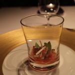 レストラン サンパウ - グラスに入ったサラダ、トマトアンチョビ、セロリ、オロロゾ