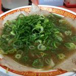もっこす - 中華そば醤油。薄かった…あっさりすぎて食べた後に他のものが余裕で食べられる。