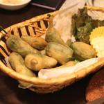 フィンガーズ - スペイン産 青唐辛子のフリット (2014/10)