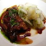 32455845 - フランス産鴨モモ肉のコンフィ そのジュ掛け、白菜添え