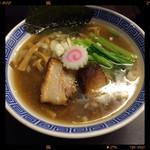 麺や ポツリ - 黄金中華そば 700円