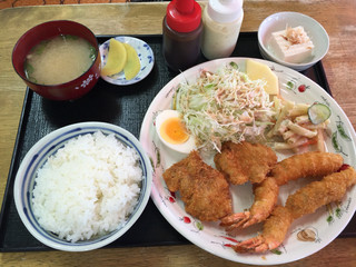 お食事処ひろ - エビ・ヒレカツ定食