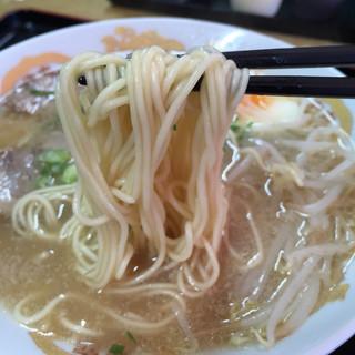 お食事処ひろ - 中華そば。大盛りは150円プラスとなります。