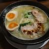 神来 - 料理写真:鶏塩チャーシュー麺(800円)味玉100円