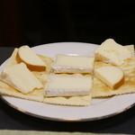酒・肴 おまた - チーズの盛り合わせ