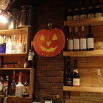 新宿ワイン酒場 - カウンター席で飲みました
