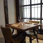 Sola - テーブル席