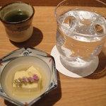 湘南 海まる - お通しと焼酎