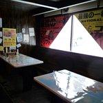 コクドウカレー - テーブル席