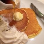 Butter - プレミアムパンケーキ〜純生クリーム&北海道ソフトクリーム添え