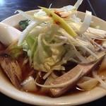 天竺屋台 - 2014年11月葱叉焼刃削麺700円