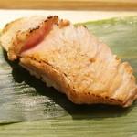 北辰鮨 - 鮪ほほの炙り(たぶん)