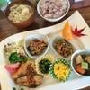 サン カフェ - 料理写真:「日替わりプレート(1,100円)」。盛りだくさーん!*\(^o^)/*