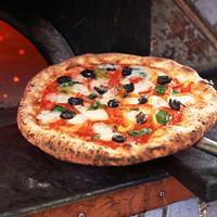 ローマとミラノで学んだイタリアン・ピザ職人の宴会コース料理