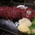 まる串 - 鶏レバ刺し580円