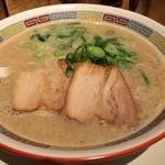 一風堂 SHIROMARU-BASE - シロマルベース 700円 / スープの濃さ:特濃 / 麺の硬さ:カタメ