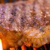 プロペラ - 料理写真:グリル焼きで肉の美味しさを引き立てます。