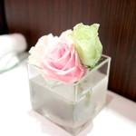 カランドリエ - テーブルには切花が。 '14 11月上旬