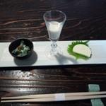 32938037 - 一口3品…春菊の白和え、豆乳、わさびチーズ