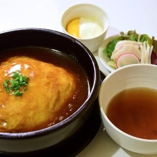 ゆるり 中華食堂 癒食同源 - 料理写真:ランチセット(天津飯) 680円