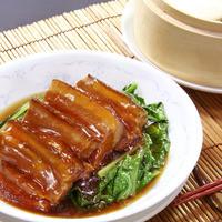 豚バラ肉の角煮(蒸しパン付き)