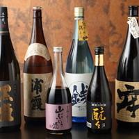 地元の銘酒【酛々】や各地から選んだ日本酒や焼酎