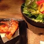 32967917 - ランチのセットサラダとキムチ豆腐