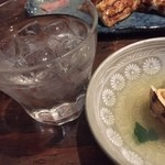Japanese Dining ゑびすダイニング - 不二才(ぶにせ)をロックで。芋好きにはたまりません!!あさりのお出汁と交互にイクと最高ですw
