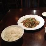 中国料理 東方美人 - ライス&チンジャオロースー