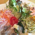 デリシャスキッチン ピース - 料理写真:サラダバー(盛り付け例)