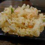 麦屋 - 玉葱ふんわり甘い、大きなかき揚げ(110円)
