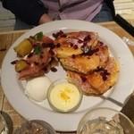 J.S. PANCAKE CAFE - さつまいもと林檎のフレンチパンケーキ