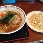 香味 - 中華そば醤油(700円)+チャーハン<中>(480円)