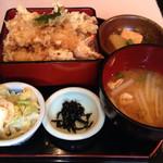 漁楽洞 - 2014/11/☆  海老天重 ¥1250