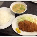 みのや - ロースとんかつ定食 550円 2014.12