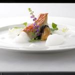 シェ・コーベ - 金目鯛 アサリの泡のソース