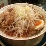 赤まる - 醤油ラーメン(大盛)(600円)