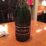 玉亭 - Champagne ニコラフィアット