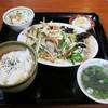 阿姆 - 料理写真:『ランチメニュー(肉野菜炒め)』(税込700円)