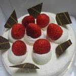 フロプレステージュ - 料理写真:ショートケーキ15号