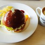 グラース・グラーツィア - 料理写真:恵みバーガープレート・カフェオレ