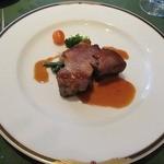 ビ アバンス - 本日の一品料理 イベリコ豚のコンフィ