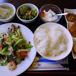 壱番厨房 - 海鮮炒めのランチ