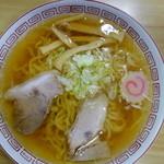 桜井食堂 - 支那そば(¥550)綺麗なスープ^^