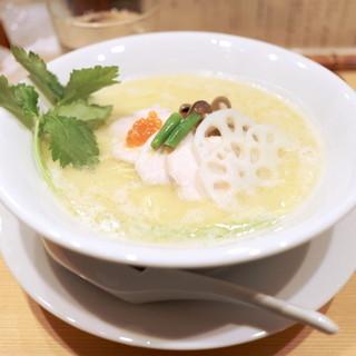 銀座 篝 - 料理写真:鶏白湯SOBA 並 (880円) '14 11月中旬
