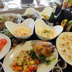 セルフィーユ - 料理写真:Xmasディナーの前菜バイキングはとっても豪華♫