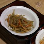 大かまど飯 寅福 - お惣菜が、食べ放題 きんぴらごぼう