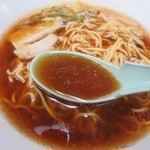 旭川市役所 地下食堂 - 豚骨ベースのスープ